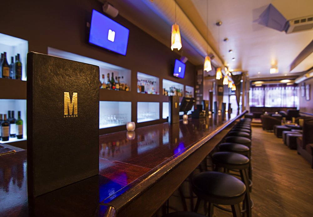 M Lounge, Chicago