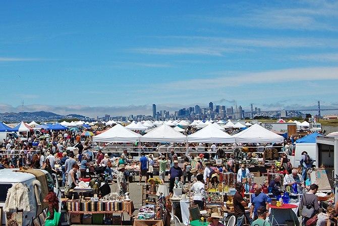 Alameda Point Antiques Faire, San Francisco