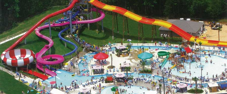 Grand Paradise Water Park, Collins