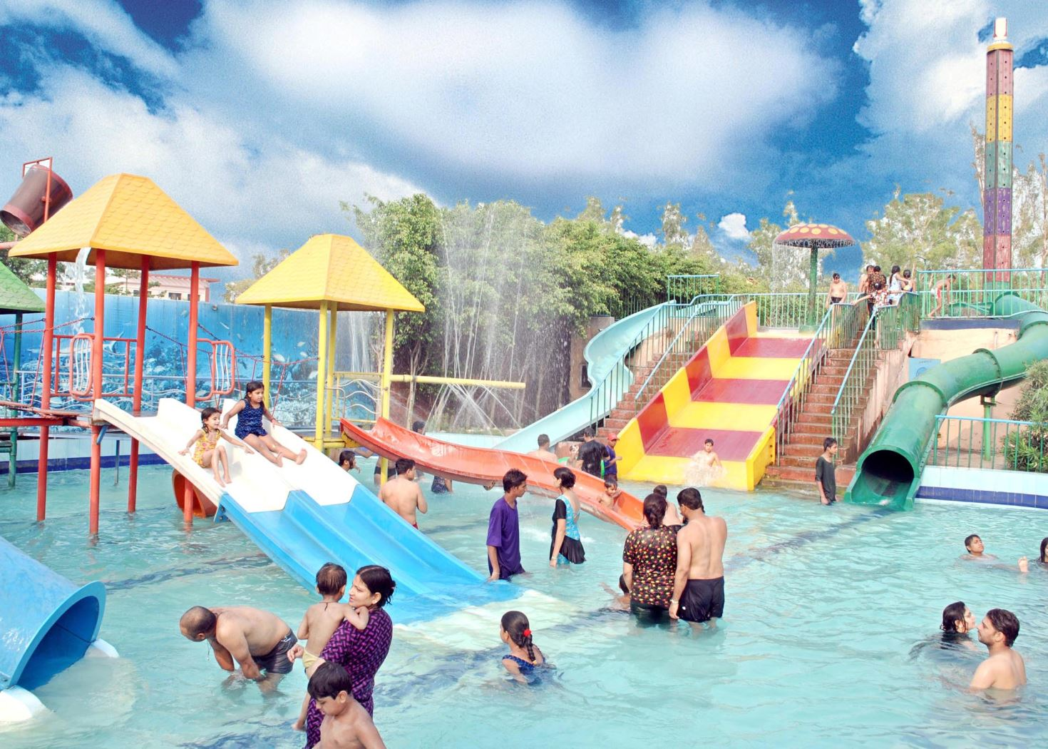Drizzling Land Water Park, Ghaziabad