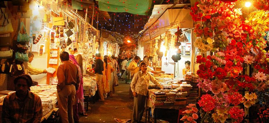 Law Garden's Night Market, Ahmedabad