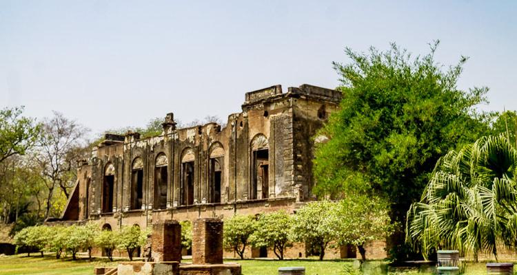 Visiting the famous historical landmark the British Residency