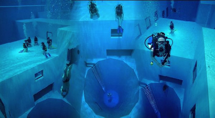 Y-40 The Deep Joy, Italy - The Deepest Swimming Pool in the World