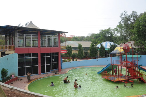 Dolphin Water Park, Pune