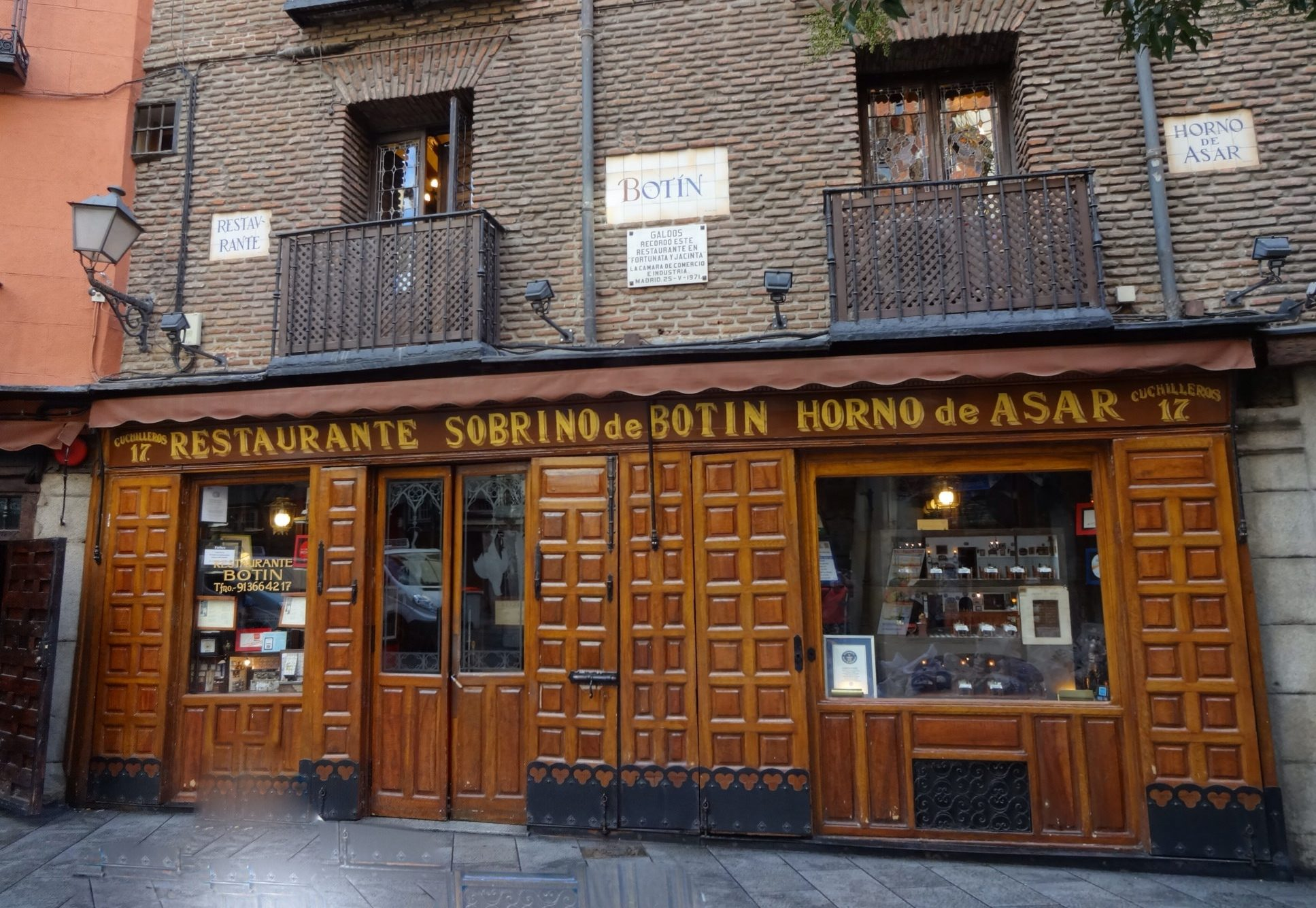 Sobrino de Botin- World's Oldest Restaurant still serving delicious cuisines