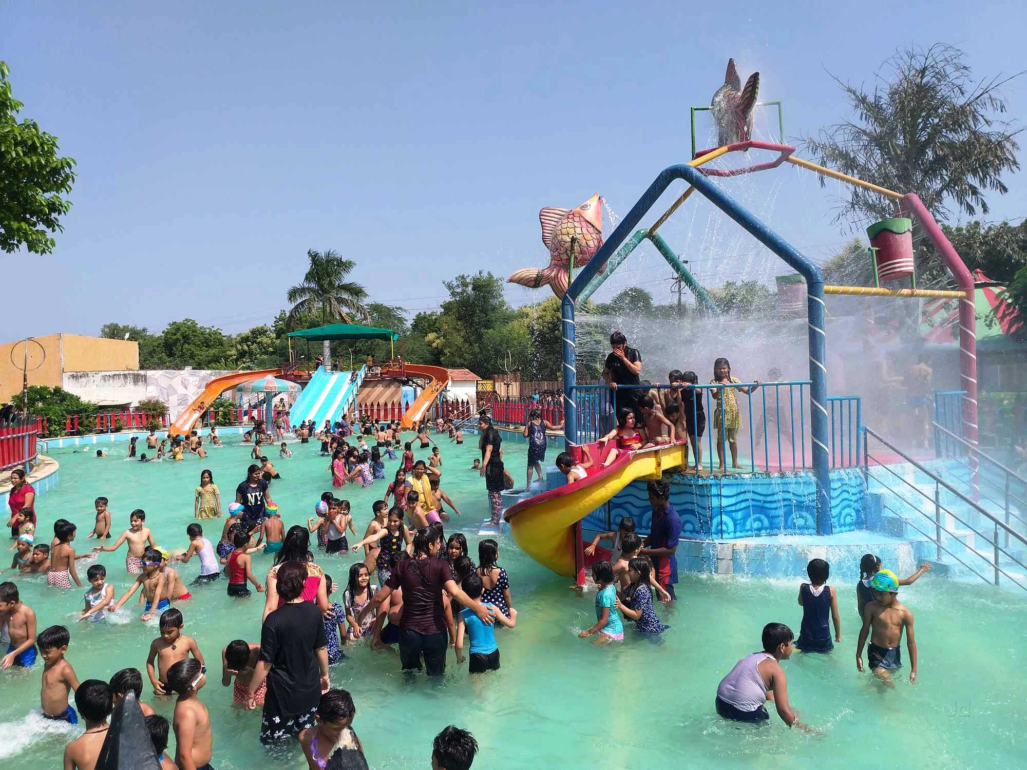 Splash The Sun City Water Park, Gwalior
