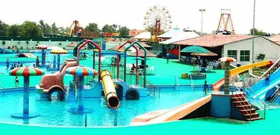 Splash Water Park in Hisar