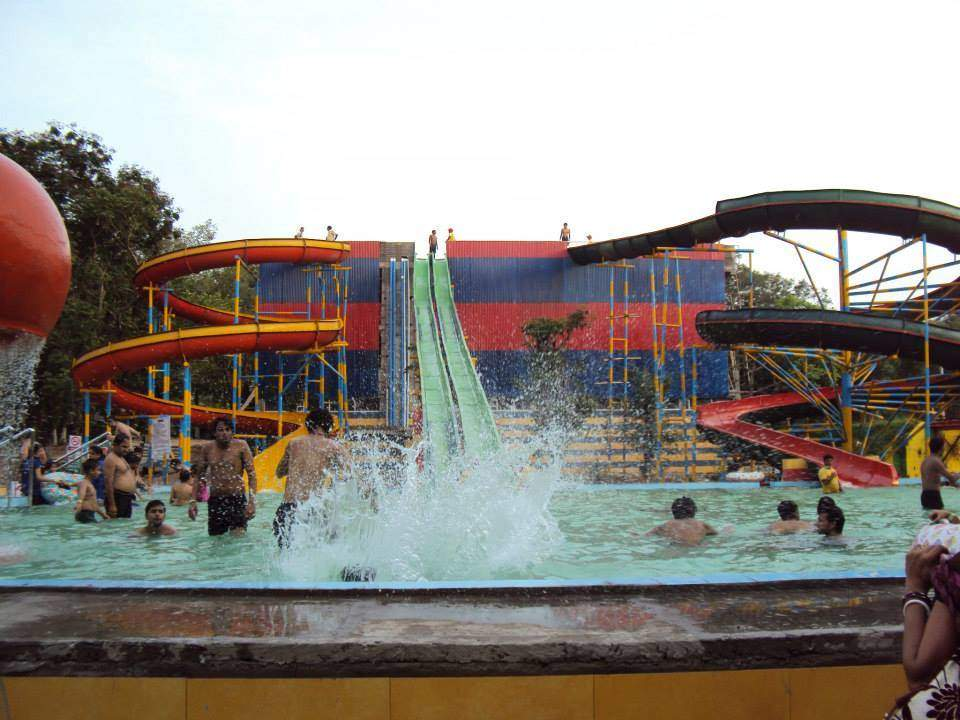 Anand Water and Amusement Park in Durgapur