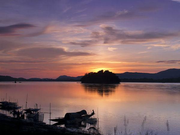 Umananda Island, Assam- World's smallest inhabited River Island