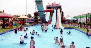 Splash Water Park in Delhi