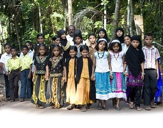 Kodinhi - A Village in Kerala with 400 pairs of Twins (India's Twin Village)